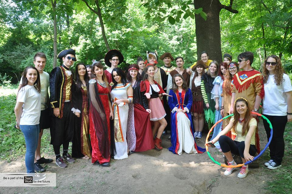 Team Work a sărbătorit ca în basme Ziua Copilului în Grădina Botanică București!